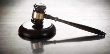 judge court FEAT